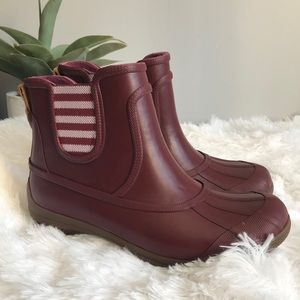 Sperry Maroon Rubber Chelsea Boots